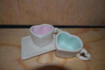 Sweetheart espresso cups in pink and aqua