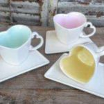 ceramic coffee mugs and sauces in sweetheart design available in various colours